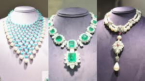 jewl How to Best Display Jewelry at your Fundraising Auction